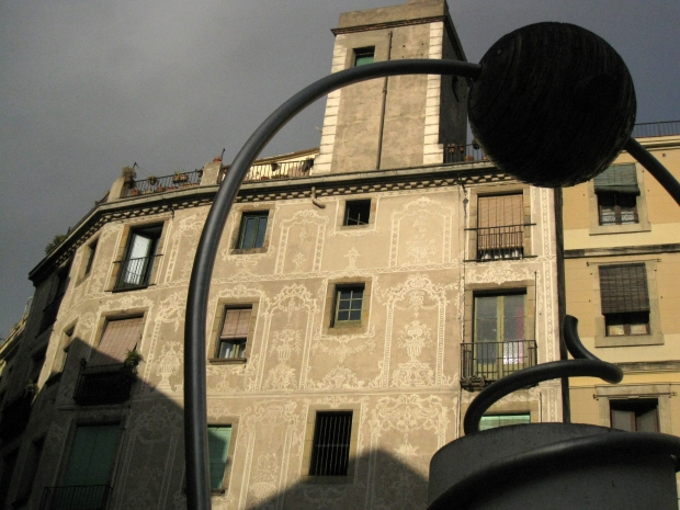 George Orwell Place, the Gothic Quarter of Barcelona. (Credit:  Superbus / Wikimedia Commons)